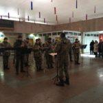 Оркестр у міжнародному аеропорту нашого міста